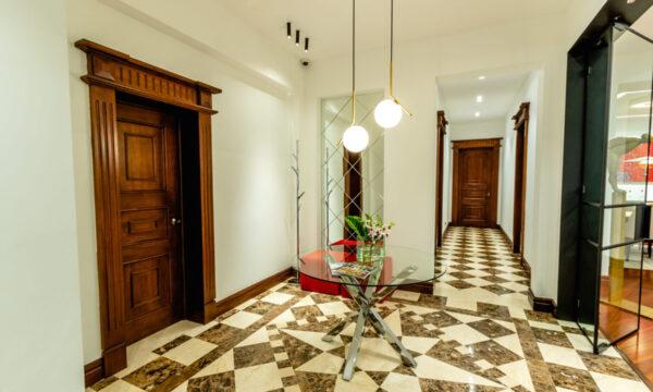 SINATRAS HOUSE_97